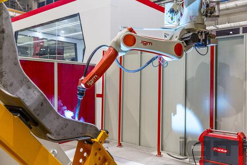 igm AP_Railway Bogie FMS_side frame robot station@Jingche (CN)_101989_2019-1W2A4766_p