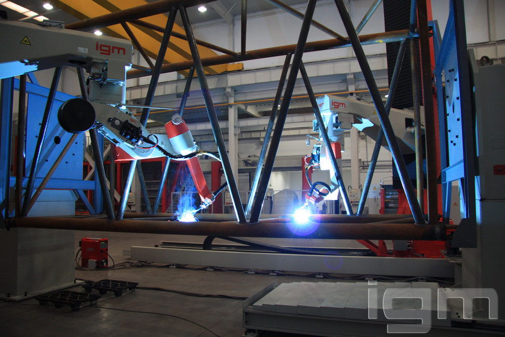 igm AP_crawler crane trusses_Crane